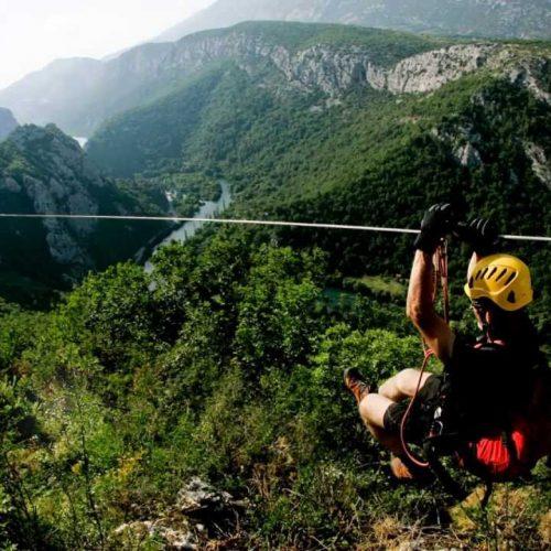 Zipline adrenalin adventure tour Omiš
