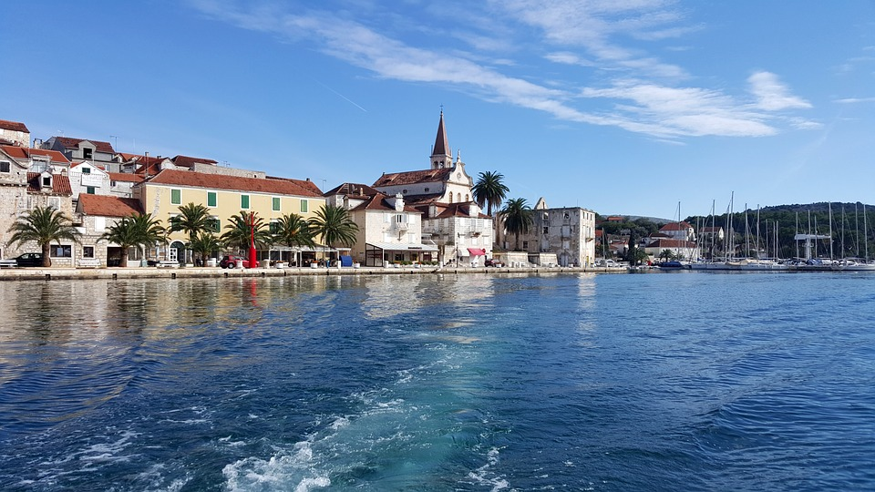Summer Sail swim Brač Šolta island