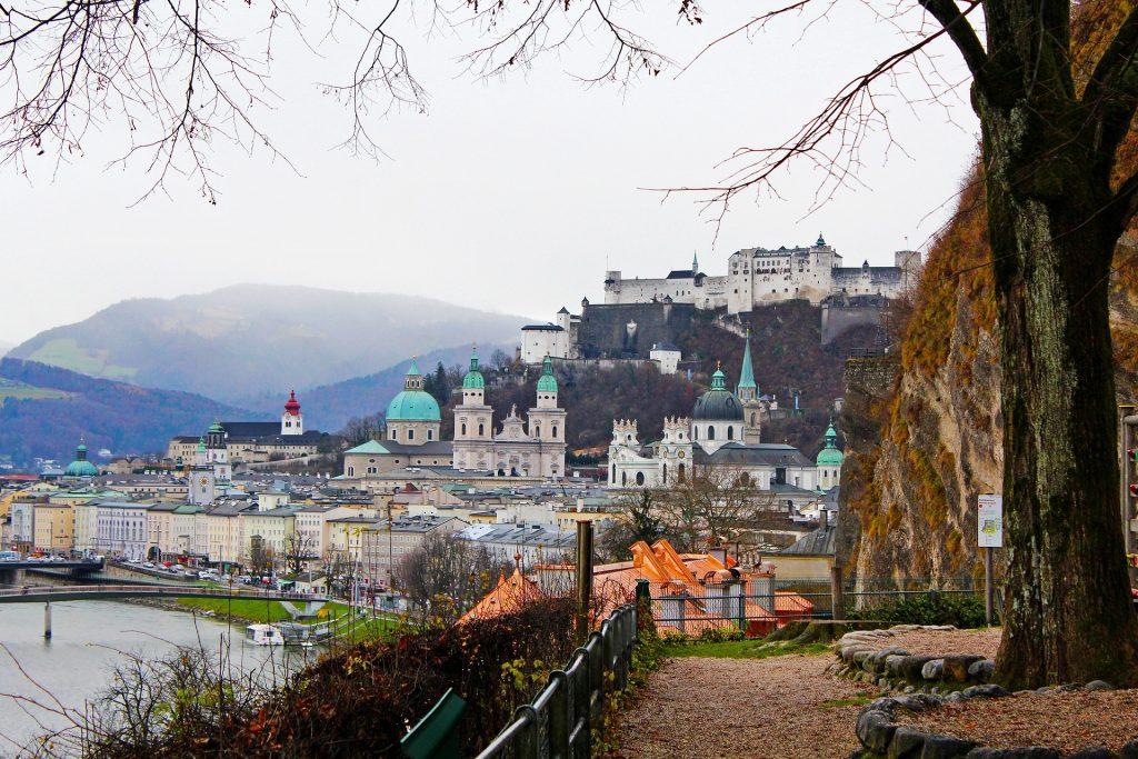 Advent u Salzburgu, Austrijskim jezerima iz Splita