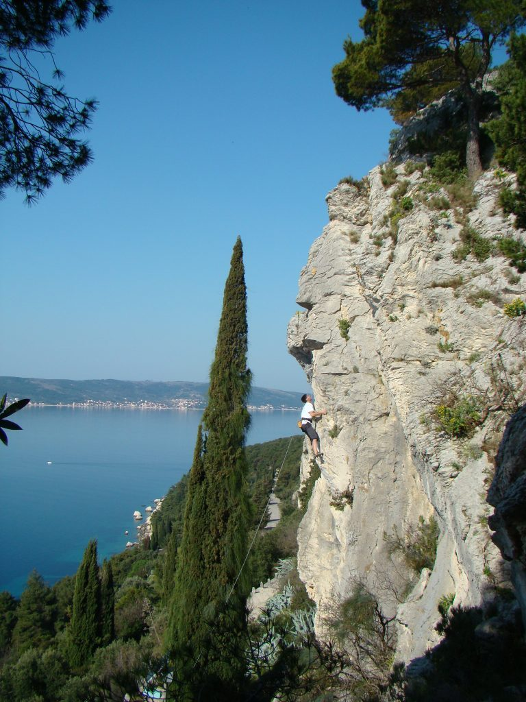 MARJAN SPLIT ROCK CLIMBING TOUR