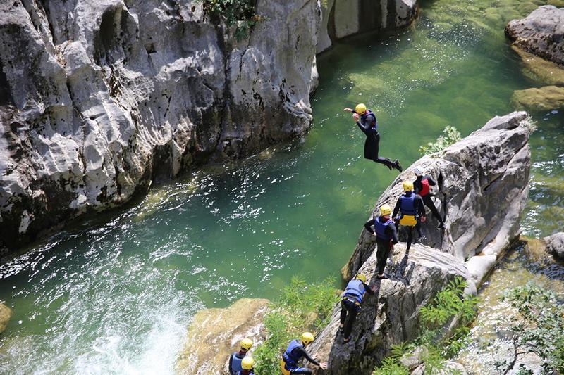 Extreme adrenaline canyoning tour Split